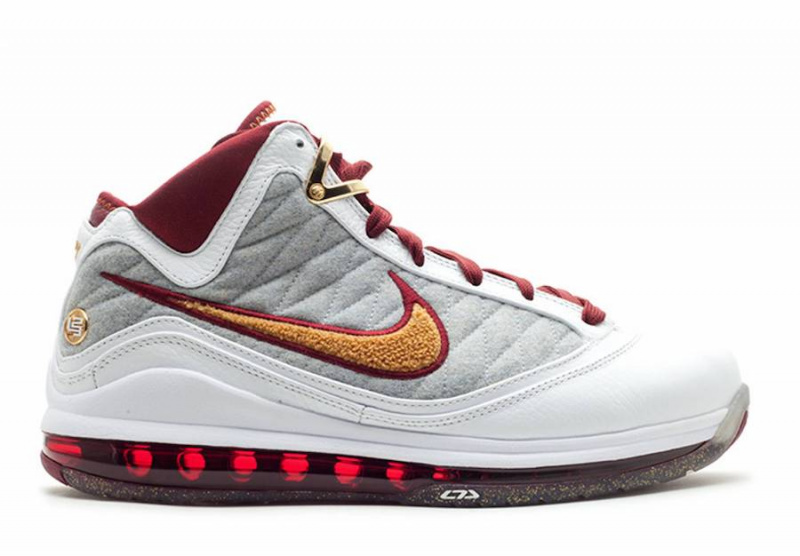 Nike LeBron 7 'MVP' снова появятся в продаже