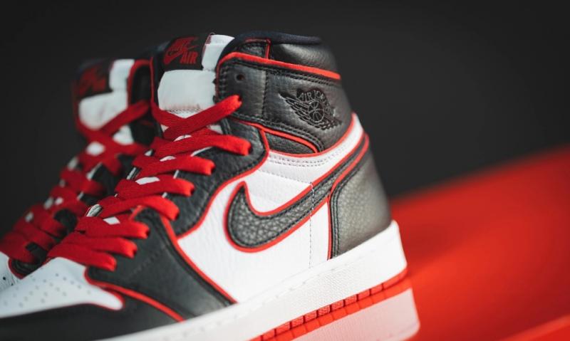 Реакция фанатов Air Jordan, когда им дарят кроссовки