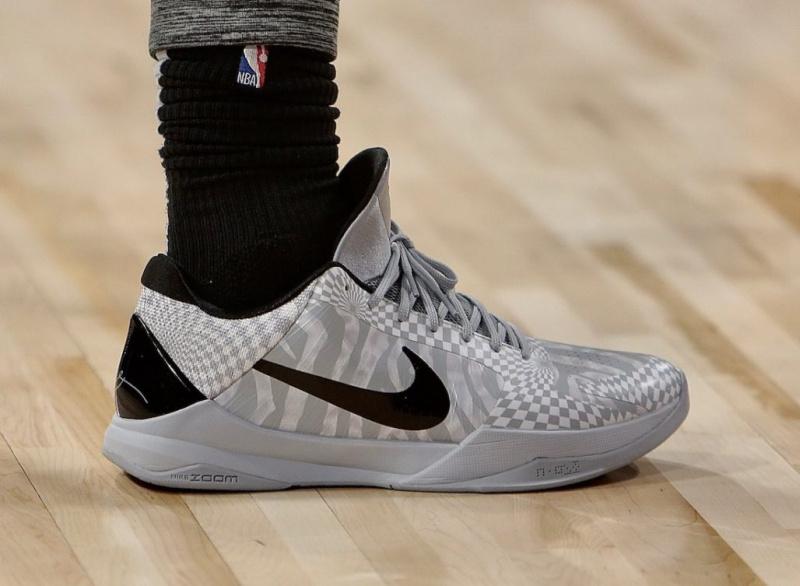 Nike Kobe 5 Protro «Zebra» появятся в этом месяце
