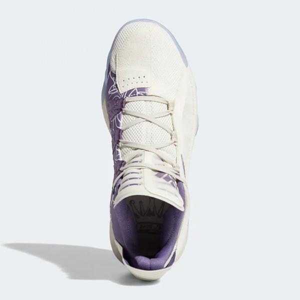 Новая расцветка adidas Dame 6 создана в домашней расцветке джерси его колледжа Weber State