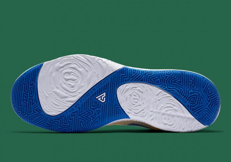 "Nike Zoom Freak 1 ""Cream City"" созданы под вдохновением джерси «Милуоки Бакс»"