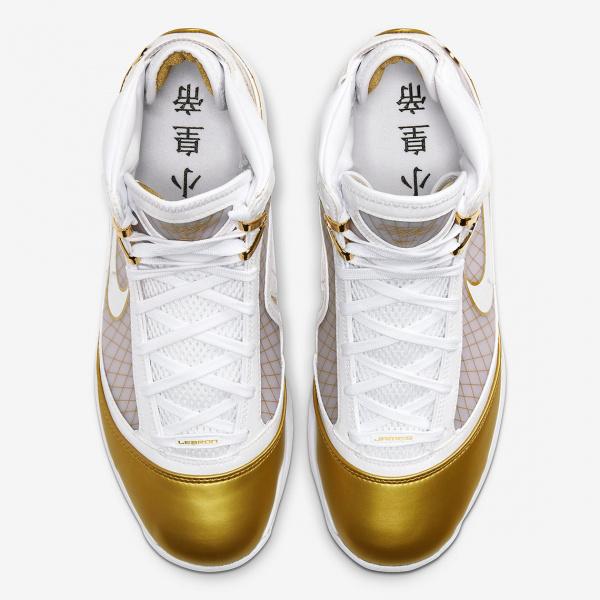 """Первый взгляд на Nike LeBron 7 Retro """"China Moon"""""""