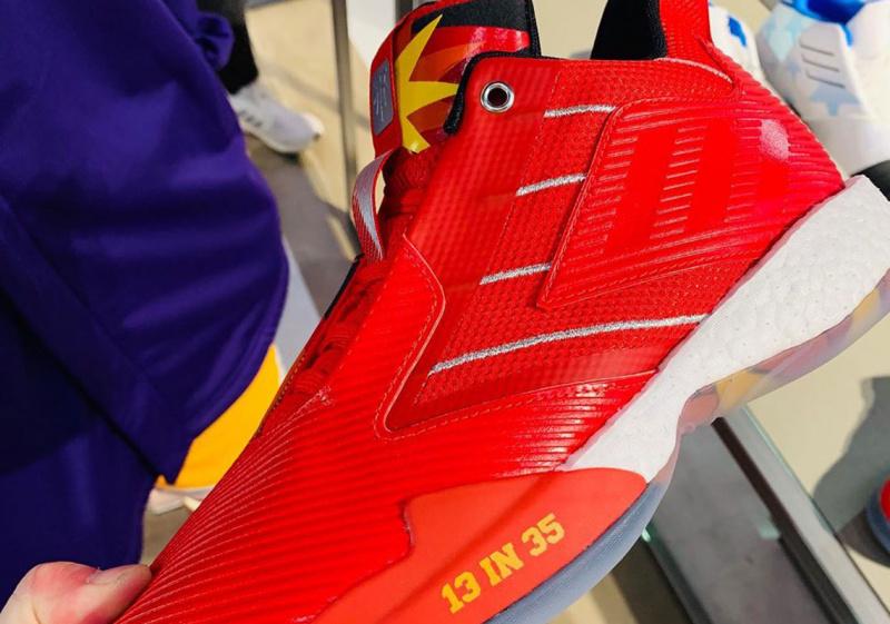 """Adidas выпустит яркую расцветку в честь потрясающего перфоманса Трэйси Макгрэди adidas T-Mac Millennium 2 """"13 In 35"""""""