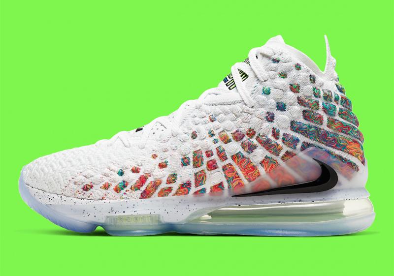 "Официальные фото Nike LeBron 17 ""Command Force"""