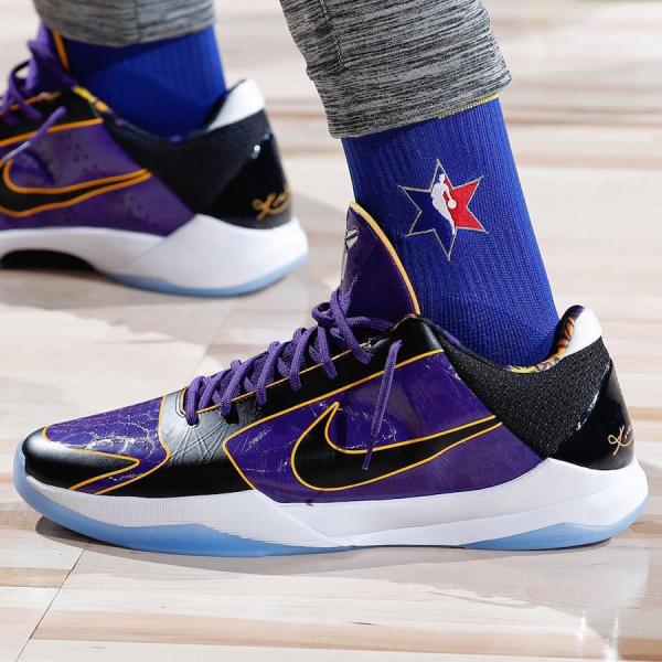 Официальные фото Nike Kobe 5 Protro 'Lakers'