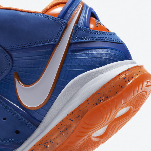 Официальные фото Nike LeBron 8 «HWC» в ретро-расцветке клуба НБА «Кливленд Кавальерс»