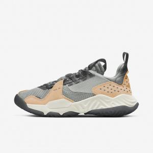Женские кроссовки Jordan Delta