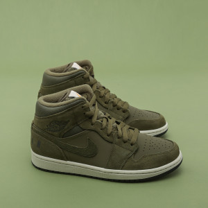 Мужские кроссовки Air Jordan 1 Mid Fleece BQ6579-300