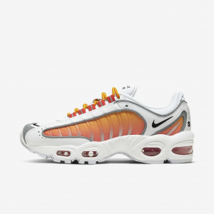 Женские кроссовки Nike Air Max Tailwind IV